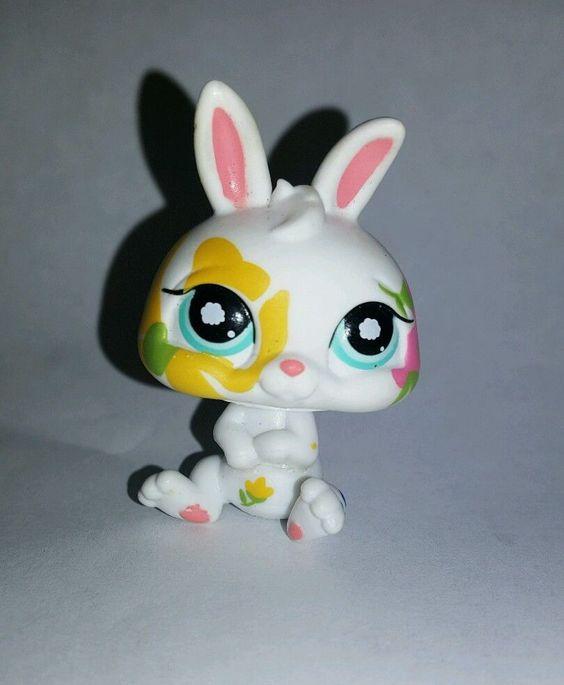 Littlest Pet Shop White Bunny Rabbit Postcard Blue Eyes #1067 Preowned LPS in Toys & Hobbies, Preschool Toys & Pretend Play, Littlest Pet Shop | eBay