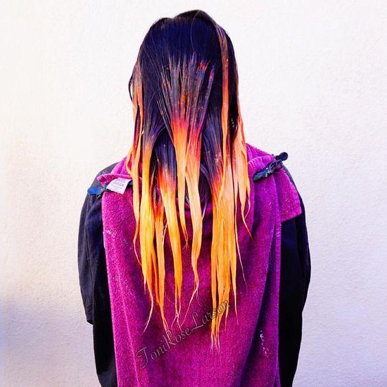 Your going to want to Fall right into her hair #colordollzbytoni #colordollz #carlsbadsalon #sandiegosalon #orangecounty #lacounty #northcounty #sandiegocounty #orangecountyca #sandiegostylist #carlsbadvillage #periscope #toniroselarson