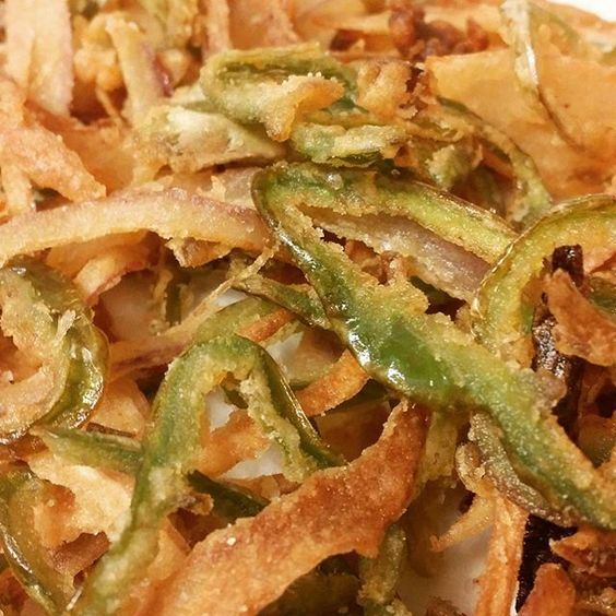 #Hatch chili onion rings #gastroart #theartofplating #tastingmenu #truecooks #chefsroll by southwestchefservices