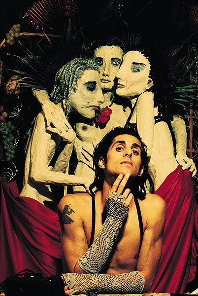 Perry Farrell in front of the amazing album cover art he created for Ritual De Lo Habitual... my favorite album ever!