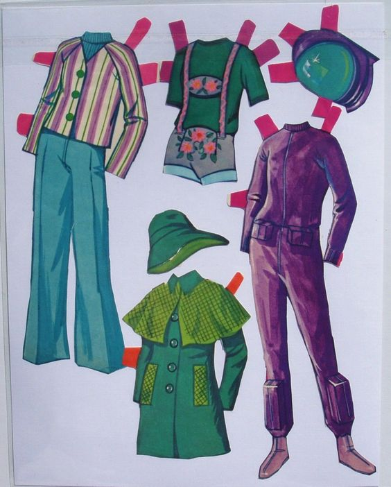 Malibu Francie Paper Dolls With Clothes AND Accesories PRE CUT Good Condition | eBay
