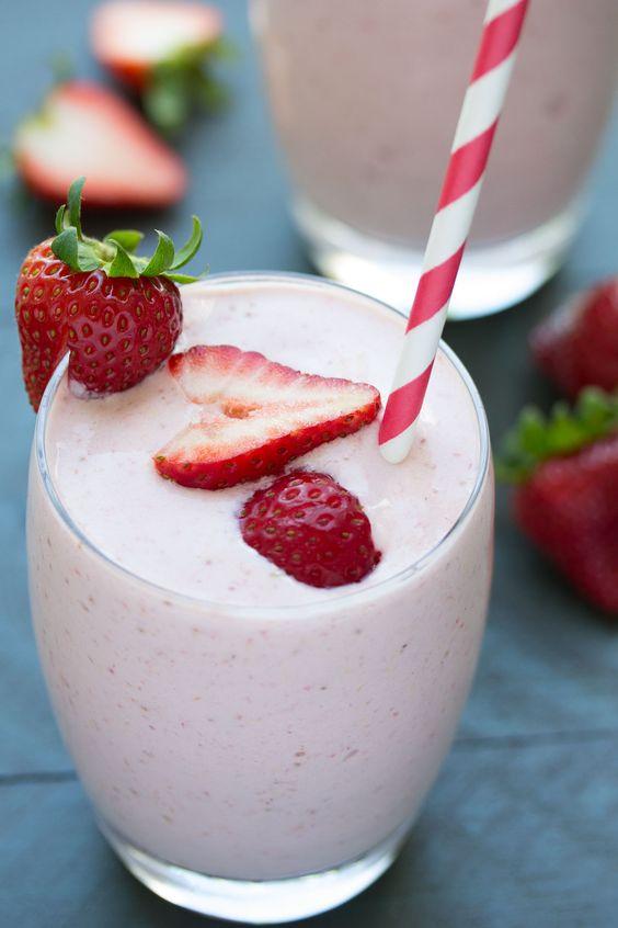 how to make strawberry milkshake recipe