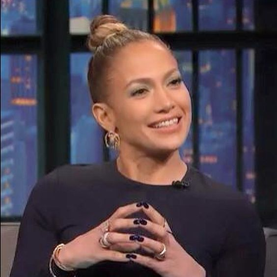 """""""This week Jennifer Lopez's nails are painted with RCM Midnight Affair Gel Polish, which she wore on The Seth Myers Show this week. @Jlo also wore Simply…"""""""