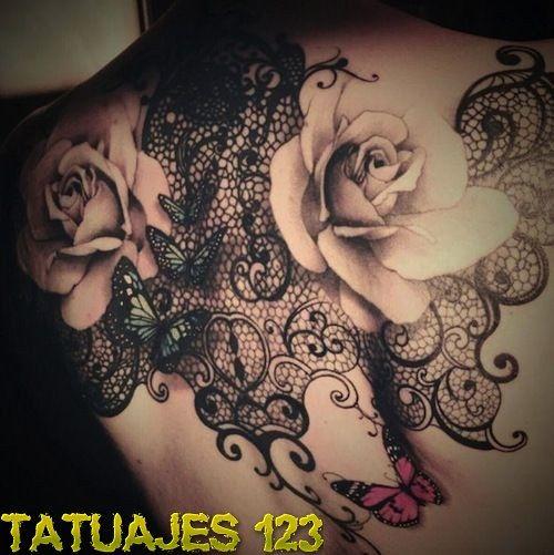 tatuajes erótico beso negro cerca de Vigo
