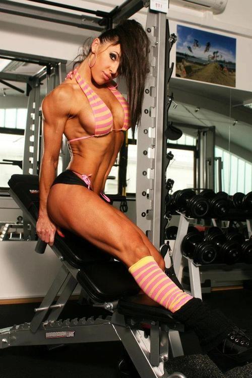 Torne-se Um Expert Em Definição Muscular! Aprenda Secar O Corpo  De Maneira Saudável, Passo a Passo:  Clique Aqui → http://www.SegredoDefinicaoMuscular.com  #ComoDefinirCorpo