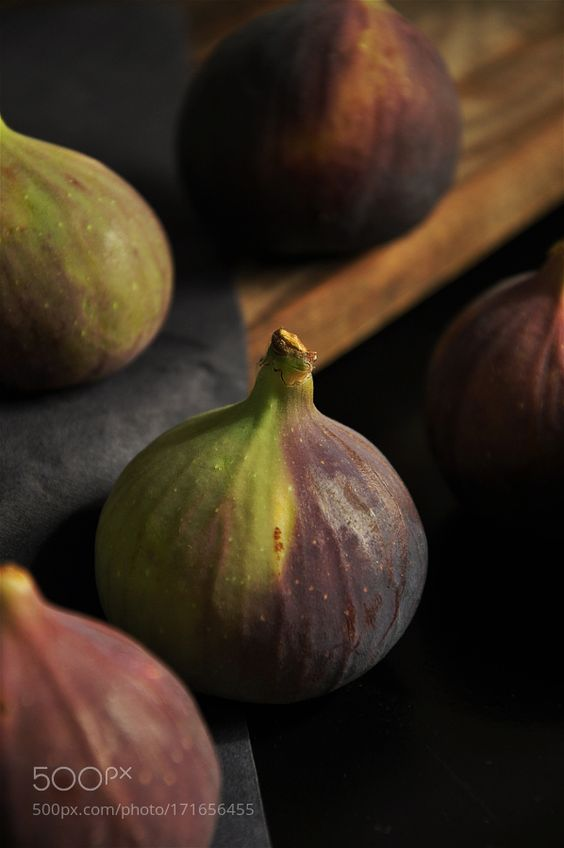 Extreme Close up Of Figs I by Vectoryfloor