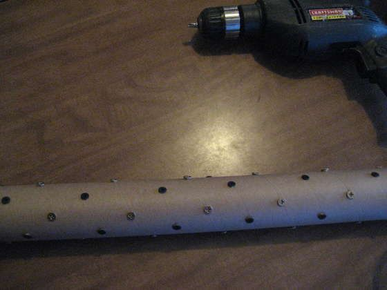Homemade rain stick.  Lots of screws in a PVC pipe, then fill with unpopped popcorn.: Leg, Rainstick Diy, Pvc Pipe, Homemade Rainstick, Rainstick I M
