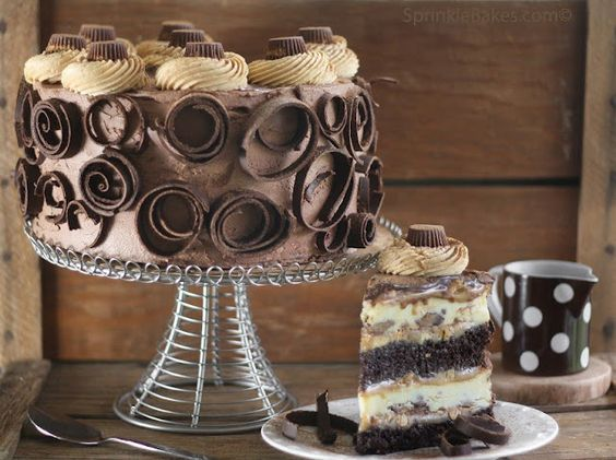 Peanut Butter Cup Chocolate Cheesecake