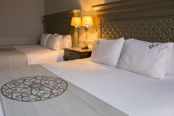 Sobriedad en sus habitaciones que proporciona al huésped un excelente descanso. #CasaGrande http://ow.ly/MvL5t