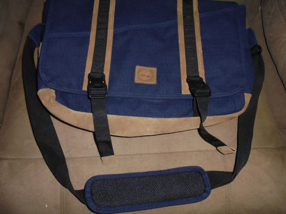 TIMBERLAND BROWN AND BLUE MESSENGER BAG WITH SHOULDER STRAP https://t.co/3KXw2svrtu https://t.co/7lZQQNr3To http://twitter.com/Soivzo_Riodge/status/773556380796063745