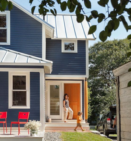 10 Unexpected Colors For Home Exteriors Blue Exterior Yellow Door In The Spring And Summer