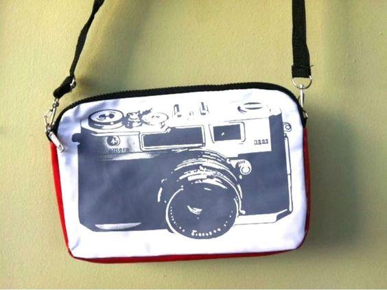site enjoei disponibiliza câmeras de diversos tamanhos e preços, além de objetos com a temática, para amantes da fotografia