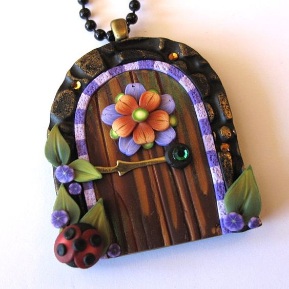 Folk Art Flower Fairy Door Necklace with a Ladybug por Claybykim, $15.00