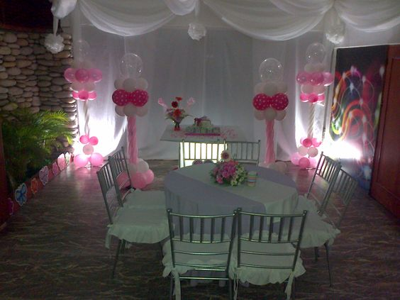 Fondo de mesa decorado decoracion para bautizo rosa y - Decoracion de mesa de bautizo ...