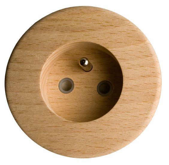 le bois iris karo produits interrupteur laiton. Black Bedroom Furniture Sets. Home Design Ideas