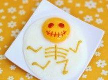 Receta para Halloween: Huevos fritos. Ideas para los niños. http://www.elbloginfantil.com