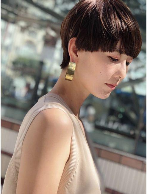 シマ アオヤマ Shima Aoyama マッシュショート ハンサムショート ショートヘア モデル マッシュ ベリーショート