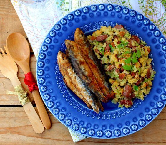 Petingas Fritas com Migas de Broa, Feijão e Couve | Nárwen's Cuisine
