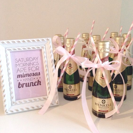 A very sweet wedding favour.... or perfect for moments when stemware is a little awkward like during your photo shoot!