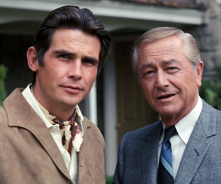 Robert Young (Marcus Welby) &  James Brolin (Steven Kiley) - Marcus Welby MD