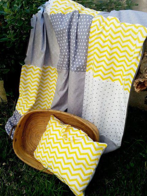Manta quilt e almofada personalizada com alça