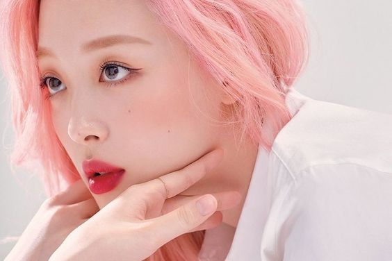 Celebrities Express Sorrow Over Sulli's Passing [Part I]