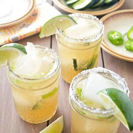 Happy Cinco de Mayo! We'll be mixing up a few of these Cucumber Jalapeño Margaritas from @ahappyfooddance to celebrate! Link in profile for more fun fiesta ideas for you and your gal pals. #cincodemayo #cincodedrinko #fiesta #margarita #cucumber #jalapeno