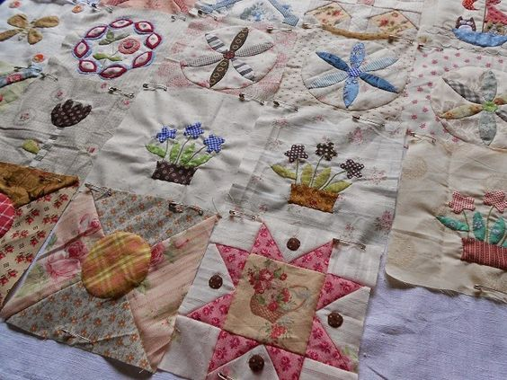 "Supergoof Quilts: ""Stonefields Bee"""