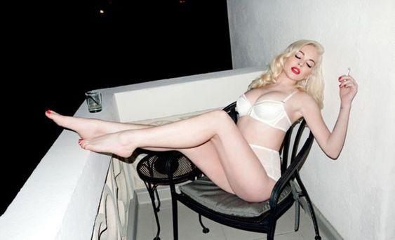 Lindsey Lohan para Love Magazine