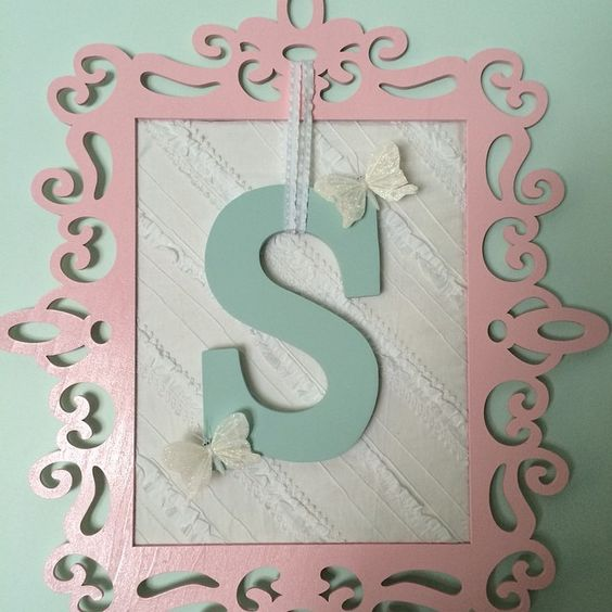 Made this for my friends daughter's room. Girl decor is so much fun!