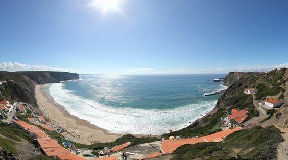 360º Virtual Visit to Praia da Arrifana, Portugal - via www.visitasvirtuais.com