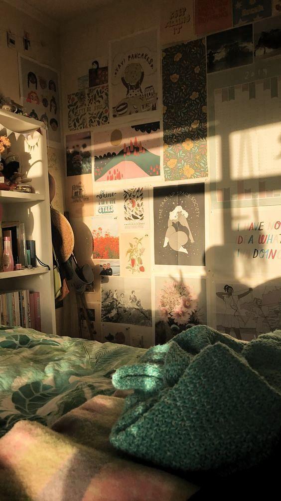 Vintage Aesthetic Room Vintage Aesthetic In 2020 Vintage Room Decor Aesthetic Bedroom Room Inspo