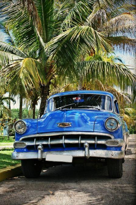 """""""Colours of Cuba"""" - eine Aufnahme von Julia Ehmer. Weitere Fotos aus dem CEWE Fotowettbewerb findet ihr hier: https://contest.cewe-fotobuch.de/verkehr-2016"""
