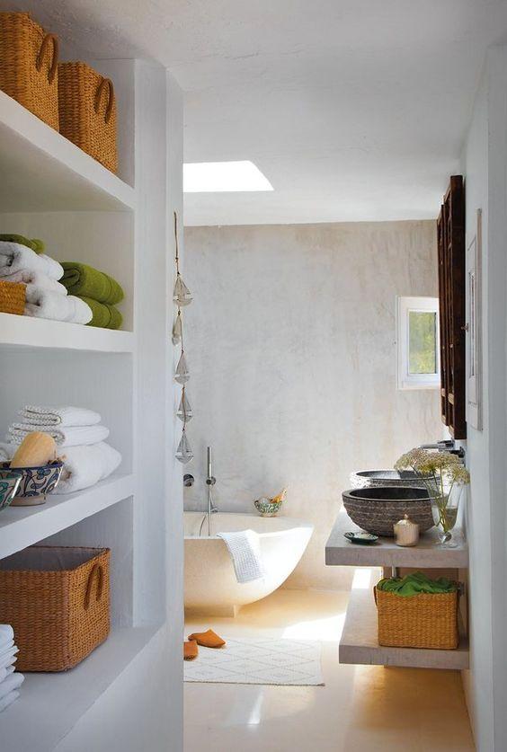 baño de microcemento /  8 muebles auxiliares para el baño (DIY & obra) #hogarhabitissimo #zen