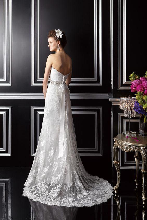 Style T142067 | Wedding Planning, Ideas & Etiquette | Bridal Guide Magazine