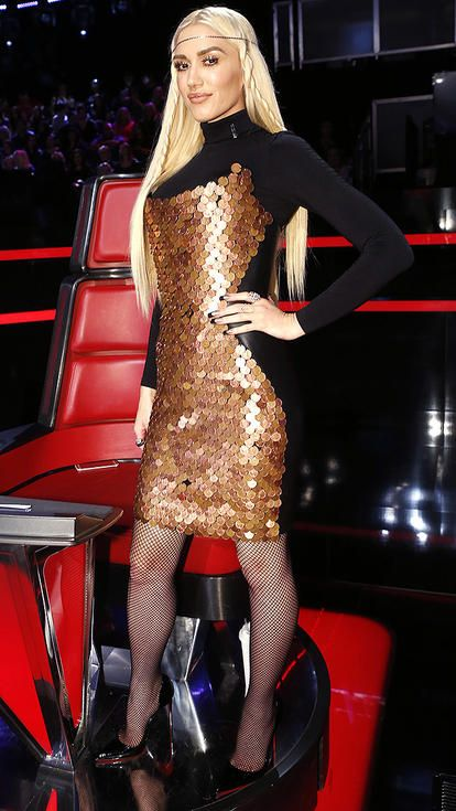 Bohochic -Gwen Stefani in a black turtleneck mini dress ...