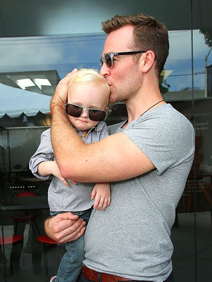 Oh em gee! How adorable is James Van Der Beek's baby boy Joshua in man-sized square aviator sunnies?!