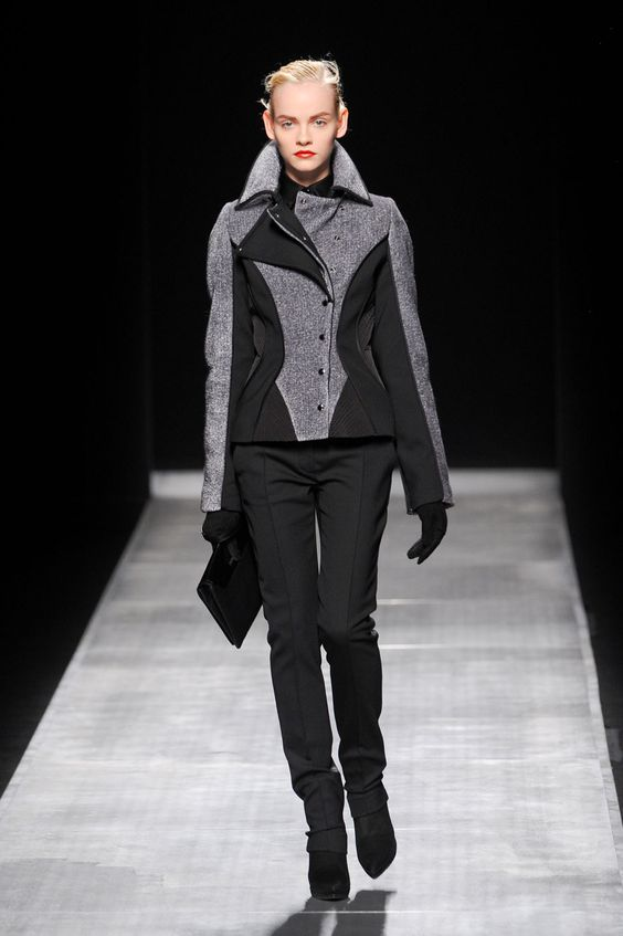 Fall 2012 Ready-to-Wear Collection