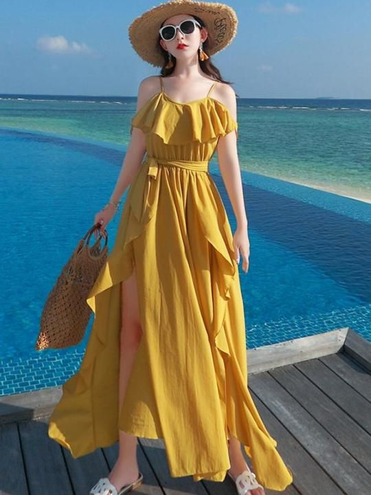 60 Beach Holiday Outfits To Inspire Everyone outfit fashion casualoutfit fashiontrends