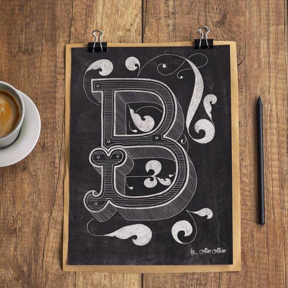 Olha como ficou o B em chalkboard ❤️ . ________ ... - Aline Albino