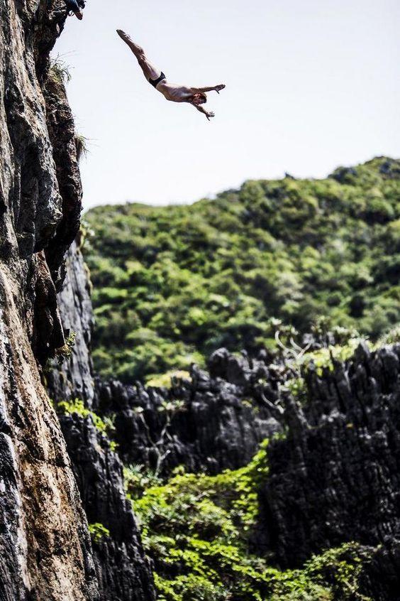 Resultado de imagen de cliff jumping hong island