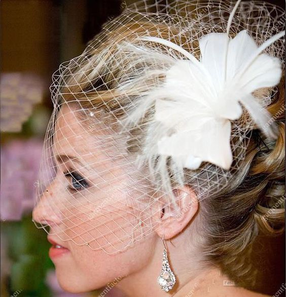 Upscale Wedding Accessories Beaded Feather Net Wedding Bridal Bird Cage Hat Veil White Ivory  $20.00
