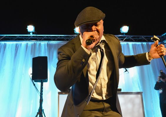 LL Cool J delivered a great performance at Chrysalis Ball, seen in 40+pix
