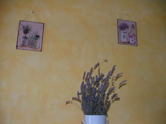 Casa della Lavanda Tuscany. Romantic holiday / vacation rental home. www.accommodationintuscany.co.uk