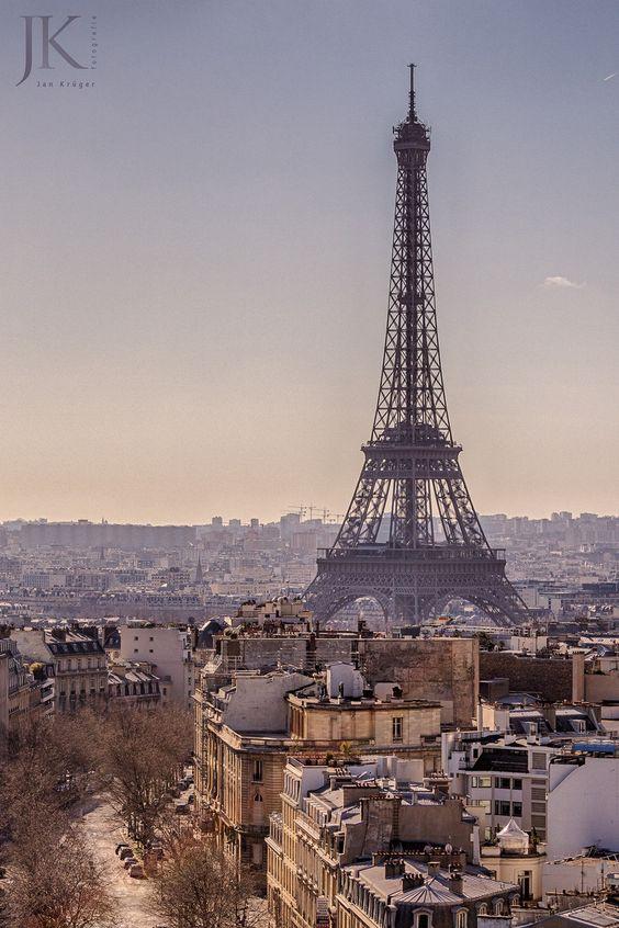 Paris, Eiffeltum vom Arc de Triomphe gesehen  #Paris #Eiffelturm #Eiffeltower #ArcdeTriomphe