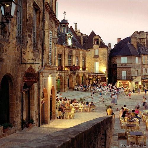 | ♕ | Summer evening at Place de la Liberté - Sarlat, Franceby...