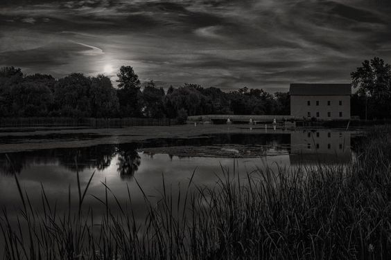 Lang Harvest Moon Panorama by Dave Bremner