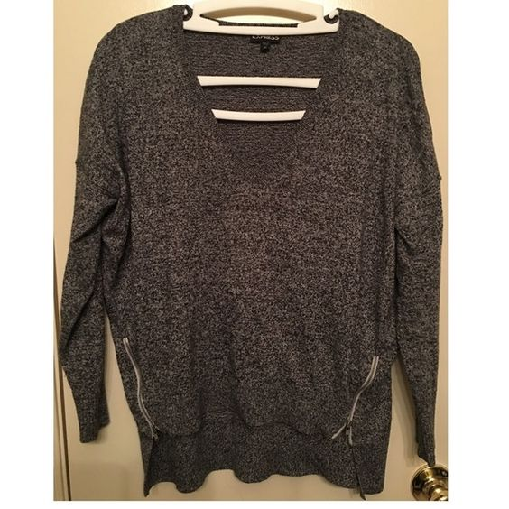 Sweater Top Sweater with two side zippers. Goes great with tights or jeans ! Express Sweaters