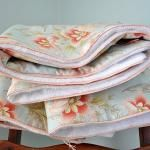 Tutorial ~ Tied Comforter With Faux Piping