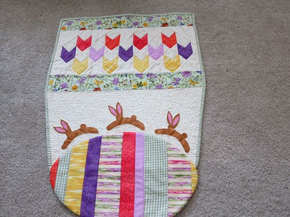 Easter Quilt: Quilts Easter, Quilting, Holidays, Easter Quilt Ideas